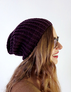 Slouchy_hat-model-side_small2