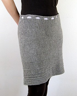 Cocoknits-steffi-shibui-front-dark-with-band__30817_std_small2