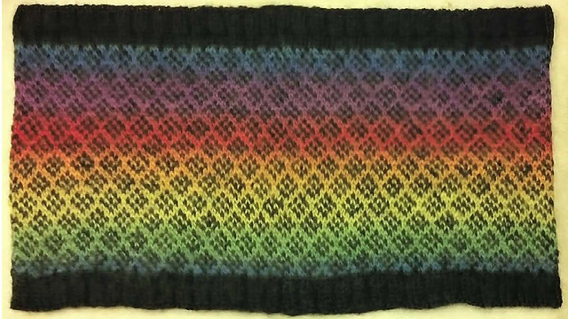 Ravelry: Simple Fair Isle Learning Cowl pattern by Anita Brecosky