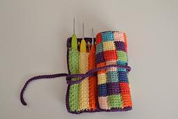 Trousse_aux_crochets_light_small_best_fit
