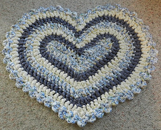 Ravelry Heart Rag Rug Pattern By Kelli J Bryan