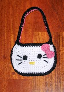 Hello_kitty_purse_small2