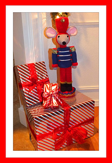 Christmas__mouse_nutcracker_small2