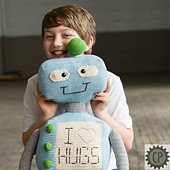 Hug-the-robot