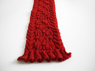 Frilled_city_scarf_1_small2