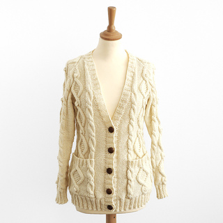 Cable_aran_cardigan_front_small2