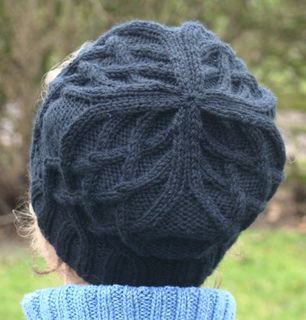 Ravelry Celtic Cable Slouchy Pattern By Satu Gr 246 Hn