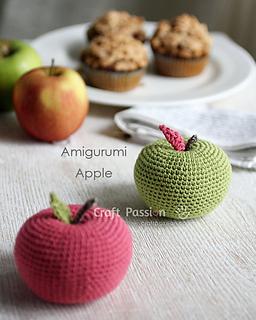 Amigurumi-apple-1_small2