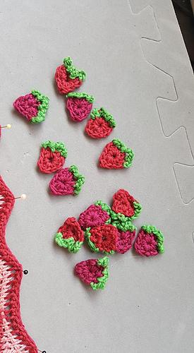 Ravelry Strawberry Ripple Scarf Pattern By Allyson Rischbieter