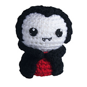 1108-03-crochet-amigurumi-vampire_small_best_fit