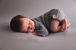 Prof_foto_chantelle_marais_romper_bum_buttons_onesie_small_best_fit