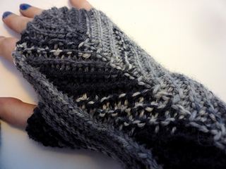 Feathermitts1_small2
