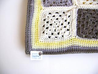 Grey_yellow_5_small2