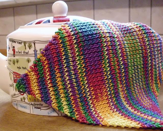 Ravelry: Diagonally Twisted Dishcloth pattern by Mareike Meyer