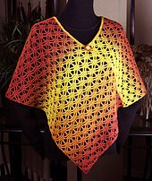 Kauni_poncho_cropped_smaller_small_best_fit