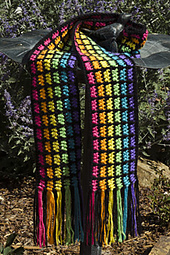 Easy_rainbow_scarf_styled_smaller_small_best_fit
