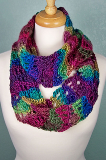Ravelry Unforgettable Waves Cowl Pattern By Susan Lowman