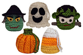 Crochet_halloween_goodie_bags_small2