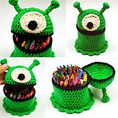 Crochet_alien_container_small_best_fit