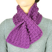 Crochet_keyhole_scarf_small_best_fit