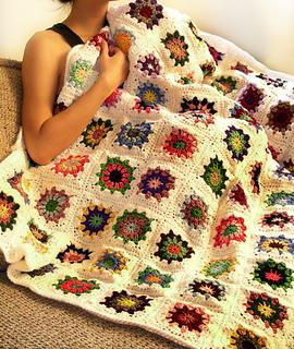 Crochet_kaleido_blanket_small2