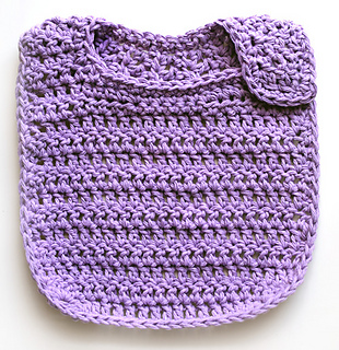 Crochet_baby_bib_2_small2