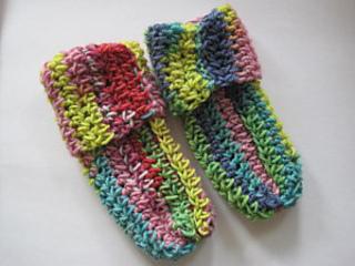 Crochet_baby_socks_small2