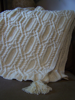Aran_cable_afghan_3_small2