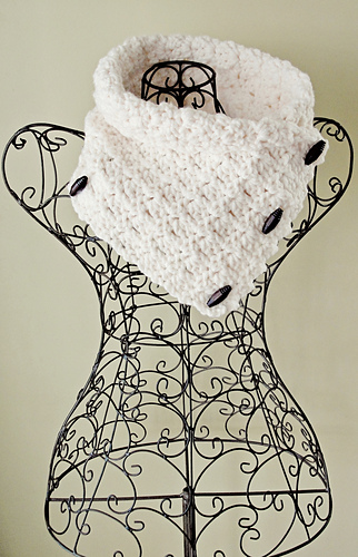 Cowl_17_cropped_medium