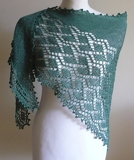 Public_garden_lace_shawl_18_small2