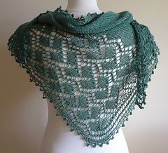 Public_garden_lace_shawl_13_small