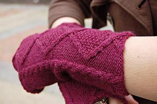 Rose_tyler_s_fingerless_mittens_by_dana_berry__2__small2