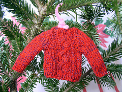 Red_x-mas_sweater_ornament_small