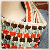 Bubble___squeak_cowl_detail_small_best_fit