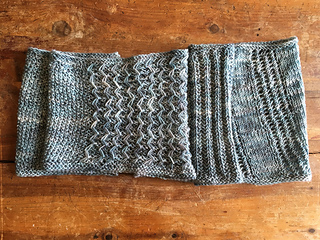 Shop_hop_2016_cowl_flat_small2