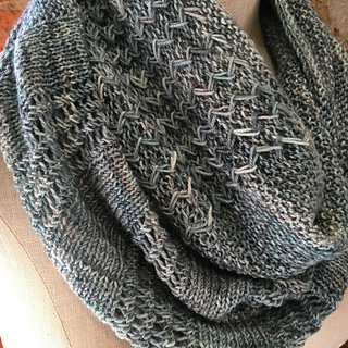 Shop_hop_2016_sketch_cowl_detail_1_small2