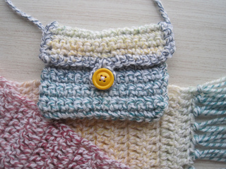 Childs_scarf_pocketbook_new_1_small2