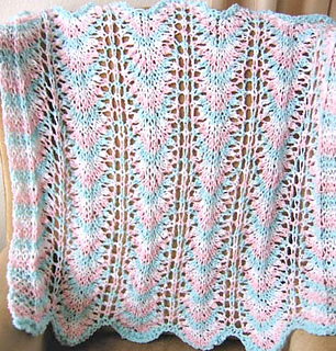 Rippling_waves_baby_blanket_tricolor_full_fix_small2