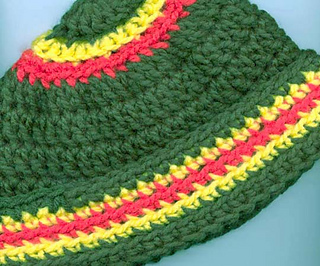 Chunky_stripe_kids_hat_side_fix_small2