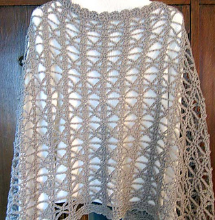 Cross_country_shawl_back_hanger_fix_small2