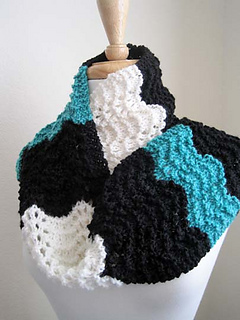 Wooly_wave_scarf_6_small2