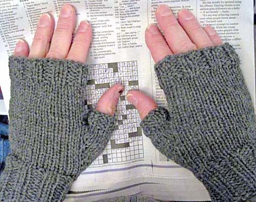 Ravelry Mens Fingerless Mitts Pattern By Kathy North