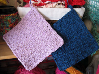 Simple_crochet_mats_cloths_2_colors_small2