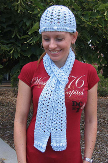 Lacy_shell___bobble_hat___scarf_a_small2