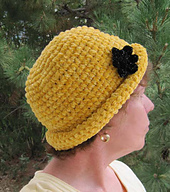 Chenille_glam_roll_brim_hat_on_k_1a_small_best_fit