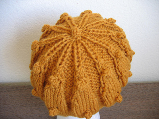 Acorn_hat_back_indoors_small2