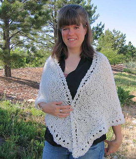 Easy_knit_shawl_on_e_3_small2