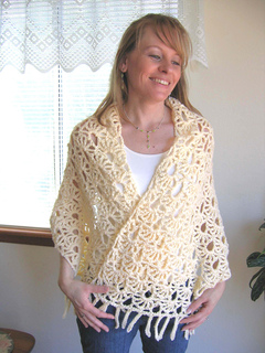 Lacy_fans_shawl_on_c_bright_2_small2