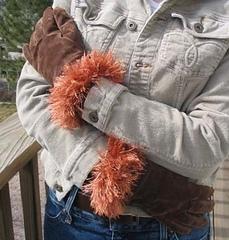 Glove_cuffs_outside_2_small
