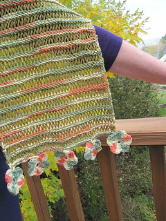 Drop_of_color_shawl_on_k_arm_small2